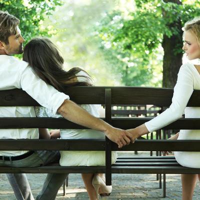 Uhvatila muža u seksu sa sestrom bliznakinjom: Bolju osvetu nije mogla da smisli!