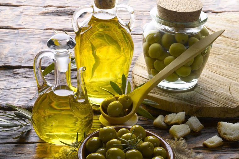 Snizite pritisak pomoću maslinovog ulja: Stari zaboravljeni lek! (RECEPT)