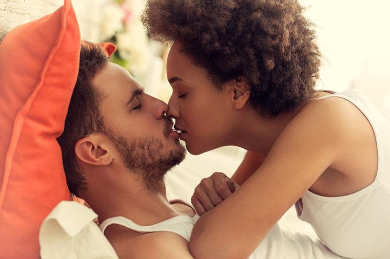 Moram li da joj vratim istom merom: O čemu muškarci razmišljaju tokom oralnog seksa!
