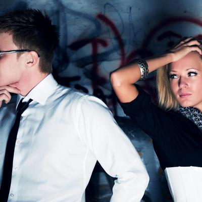 Zašto žene ostaju sa lošim muškarcima: Misle da ne mogu bolje i da će ga promeniti, boje se samoće!