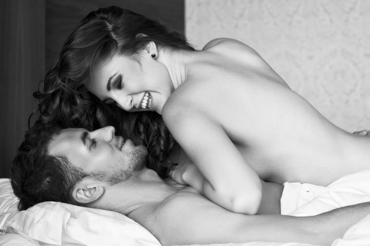 8 seks poza koje muškarci ne podnose: Šesta će vas iznenaditi!