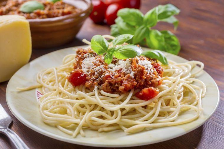 Tajni recept za špagete bolonjeze: Vrhunski kuvari ih ovako prave!