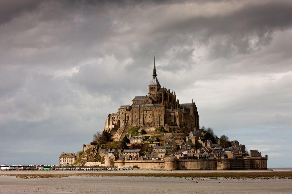 Dvorci koje verovatno nikada nećete posedovati - Page 2 Sent-misel-1393256931-28028
