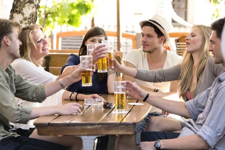 Mitovi o prijateljstvu razbijeni: Što više prijatelja, to bolje