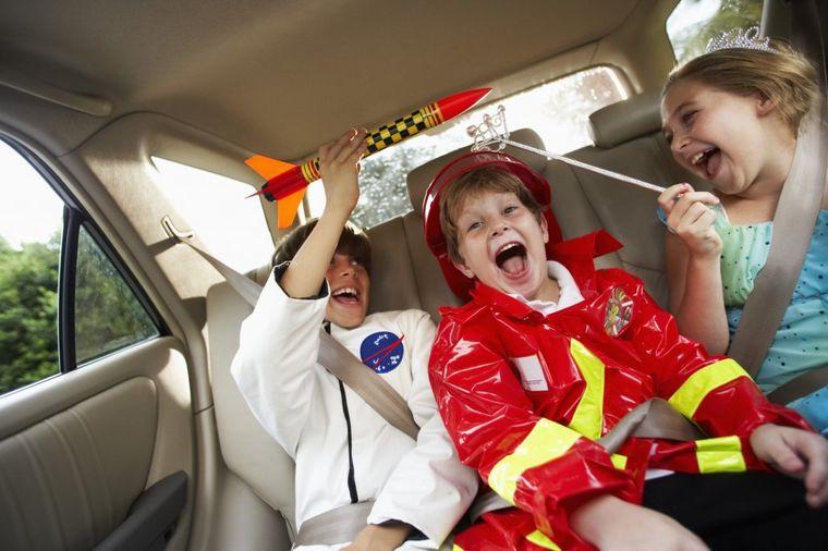 Zabavite decu tokom putovanja: 6 igrica za dugu vožnju