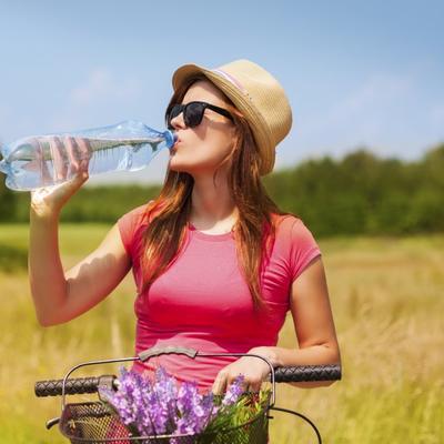 Pila mnogo vode i pešačila: Jeziva sudbina žene koja je preminula u 47. godini!