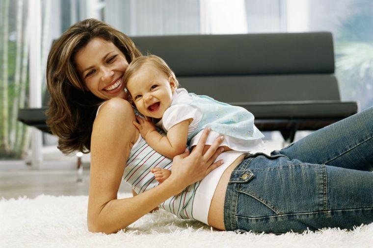 Ovako deca vide svoje mame: Reči koje diraju u srce!