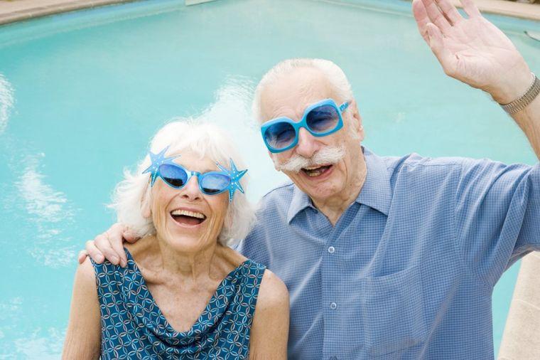 Sreća nas čeka u sedamdesetim: Tada ponovo otkrivamo mala životna zadovoljstva!