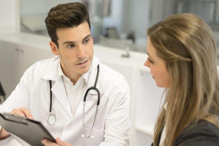 2 stvari koje ne smete da radite pre odlaska kod lekara: Vodite računa o ovome!
