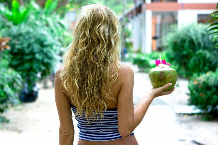 Supernamirnica koja oporavlja: 10 razloga da već danas odete po kokosovo ulje!
