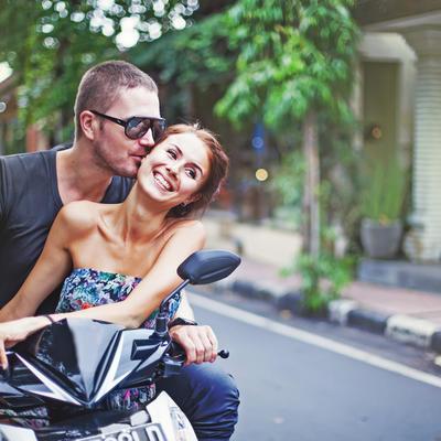 Ljubav na duge staze: Ovih 10 stvari ljudi u srećnim vezama rade drugačije!