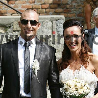 Slađa Delibašić se udala za 15 godina mlađeg Milana: Venčali se u crkvi Ružica! (FOTO)