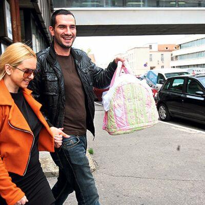 Ana Štajdohar i Nikola Demonja izveli ćerku iz porodilišta: Ovo je naša velika pobeda! (FOTO)