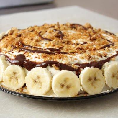 Brza torta sa bananama i keksom
