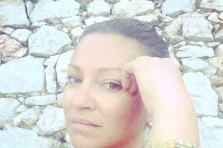 Prvi put nakon porodične tragedije: Nina Badrić progovorila o očevoj smrti
