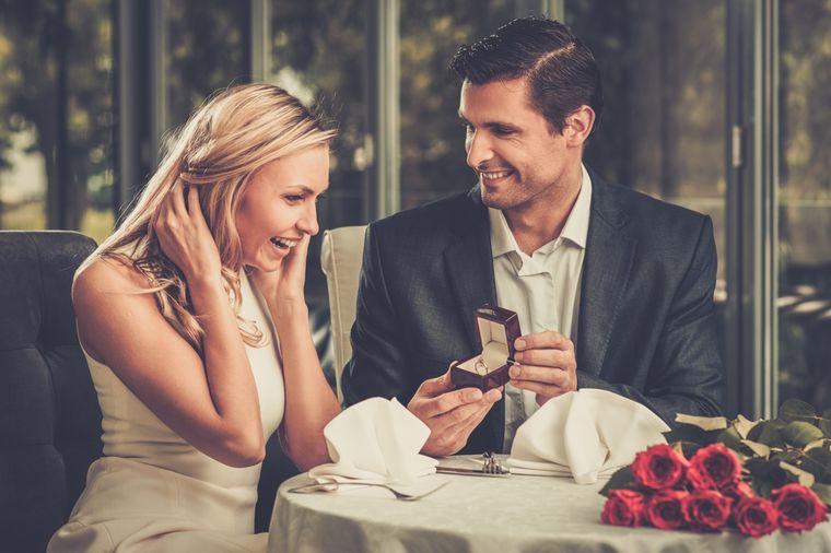 Čim stavite verenički prsten na ruku, ovih 7 stvari postaje prioritet: Dobro razmislite!