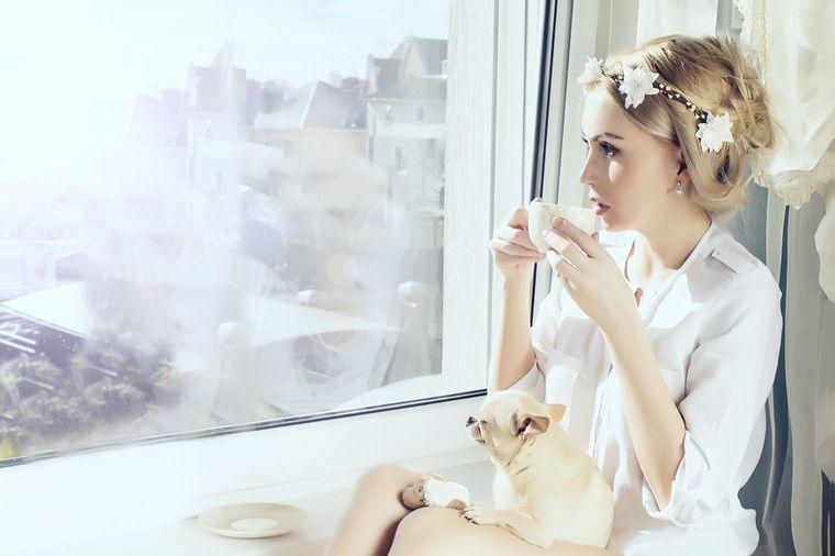 Rešite se vodećeg uzroka raka, srčanog udara i astme Devojka-sa-psom-1412681620-49400