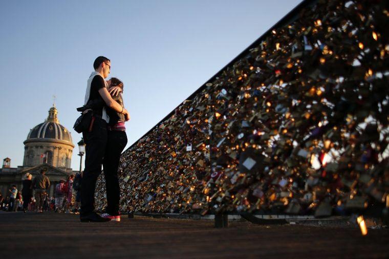 Mesta na kojima ljubav postaje večna: Od Mosta uzdaha do Ljubavnog tunela (FOTO)