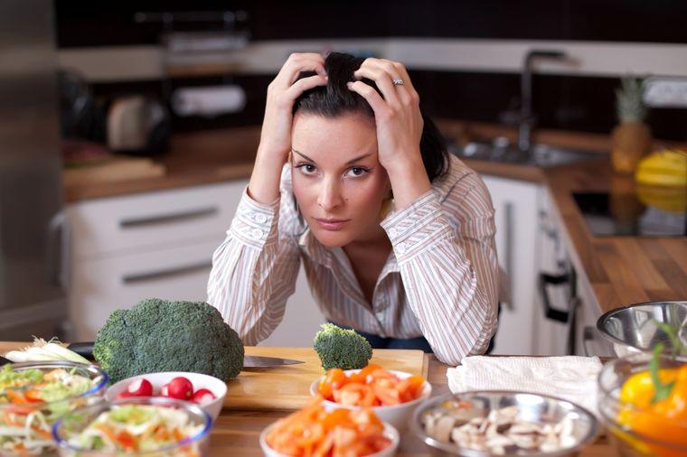 Depresija i kilogrami idu zajedno: Više od 43 odsto depresivnih osoba je gojazno