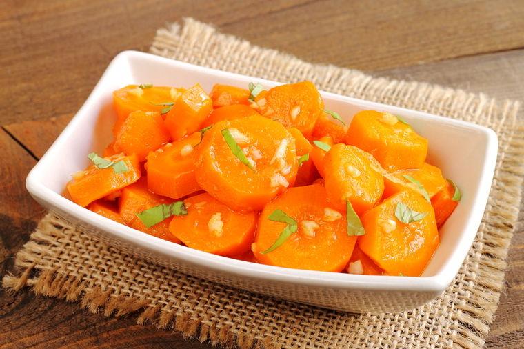 Ljutenica od šargarepe