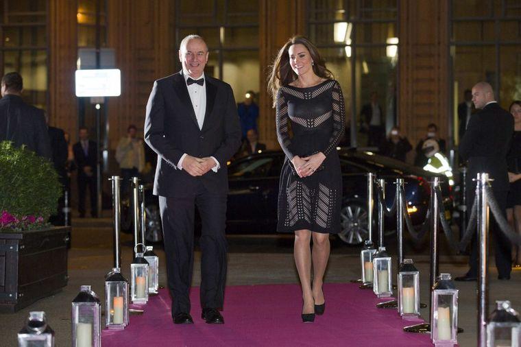 Trudnica blistala u crnoj haljini u Londonu: Kejt Midlton nije želela da otkrije pol bebe! (FOTO)