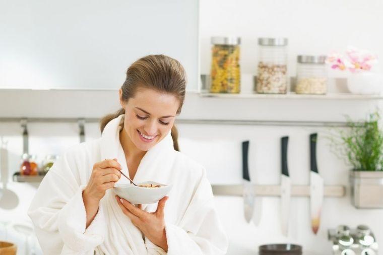 5 razloga da jedete zobenu kašu: Smanjuje rizik od raka, podstiče mršavljenje!