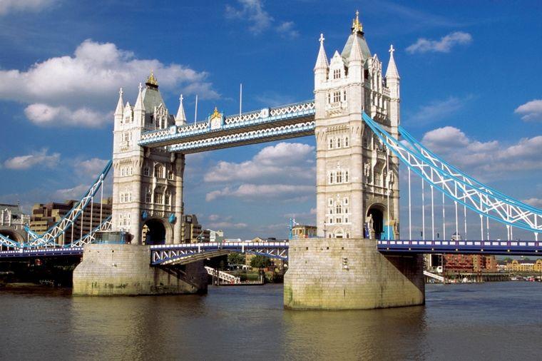 Londonski most dobio stakleni pod: Panoramski pogled sa Tauer Bridža! (FOTO, VIDEO)
