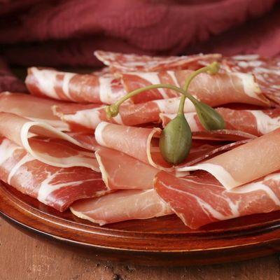 7 zanimljivih činjenica o slanini: Osvežava dah, izaziva zavisnost, leči mamurluk!