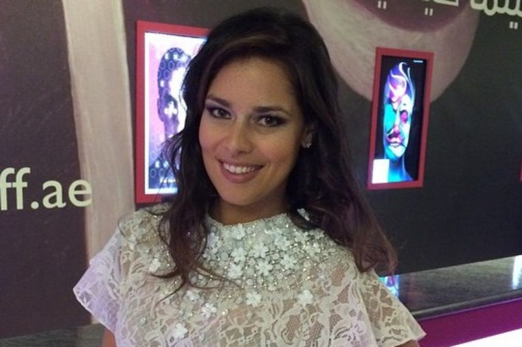 Modni trenutak Ane Ivanović: Bela haljina za filmski festival u Dubaiju! (FOTO)