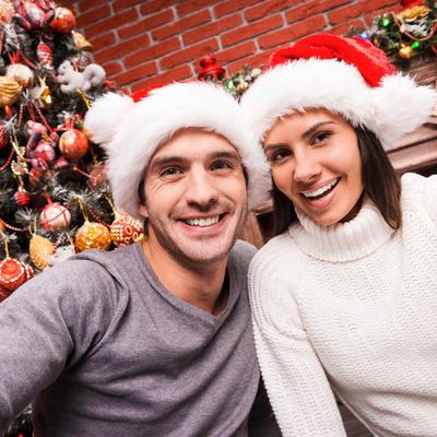 Kako će horoskopski znakovi provesti prazničnu sezonu: Lavovi preteruju sa poklonima!