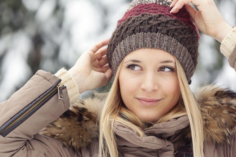Devojka sa kapom