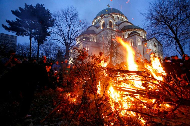 Božićne svečanosti širom Srbije: Jaka zima nije sprečila vernike da prisustvuju liturgijama