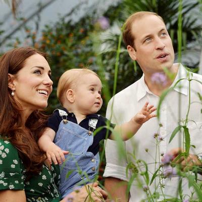 Kejt, Vilijam i mali Džordž odleteli na Karibe: Ovde će proslaviti 60. rođendan bake Kerol! (FOTO)