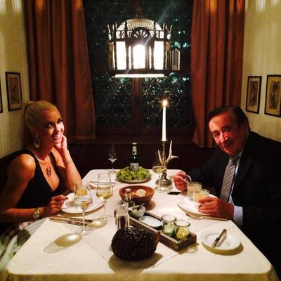 Keti (25) o braku sa 57 godina starijim milijarderom: Lepo je živeti luksuznim životom! (FOTO)