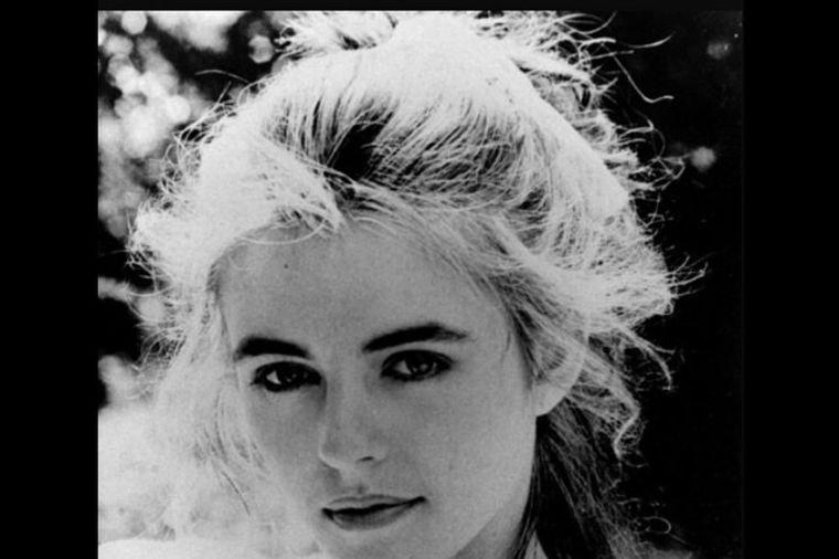 Glumica je oduvek znala da zavodi: Nije se puno promenila za 30 godina! (FOTO)