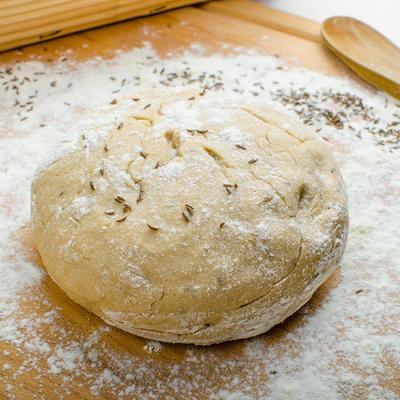 Bez aditiva i konzervansa: Kako da umesite najzdraviji hleb na svetu!