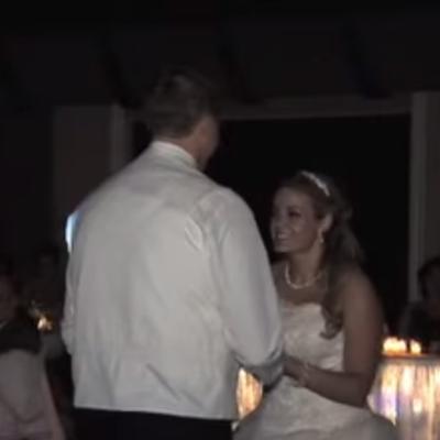 Mlada priredila spektakl: Naizgled obična venčanica u sekundi postala nešto neverovatno! (VIDEO)