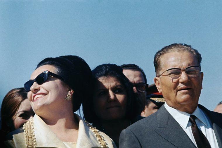 Jovanka se ponašala kao ohola kraljica: Tito nije mogao da izdrži, odlučio je da se razvede!