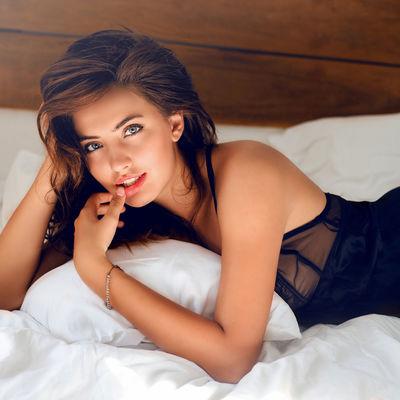 Iza kulisa porno industrije: Glumice otkrile sve tajne kontroverznog posla!