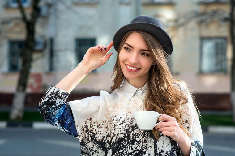 Rešenje za veliki ženski problem: Domaći čaj koji vraća hormone u ravnotežu!