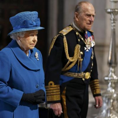 Šokantne tvrdnje: Britanska kraljevska porodica pije krv male dece svakog jutra!