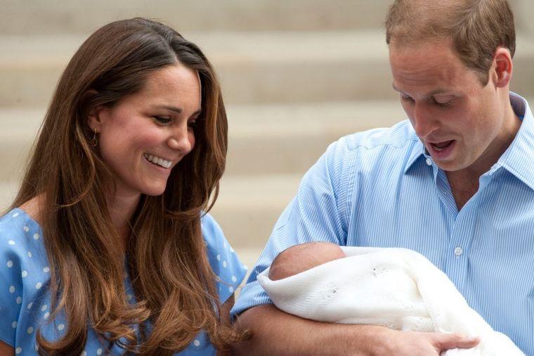 5 stvari koje niste znali o britanskoj kraljevskoj porodici: Bizarni običaji na porođaju!