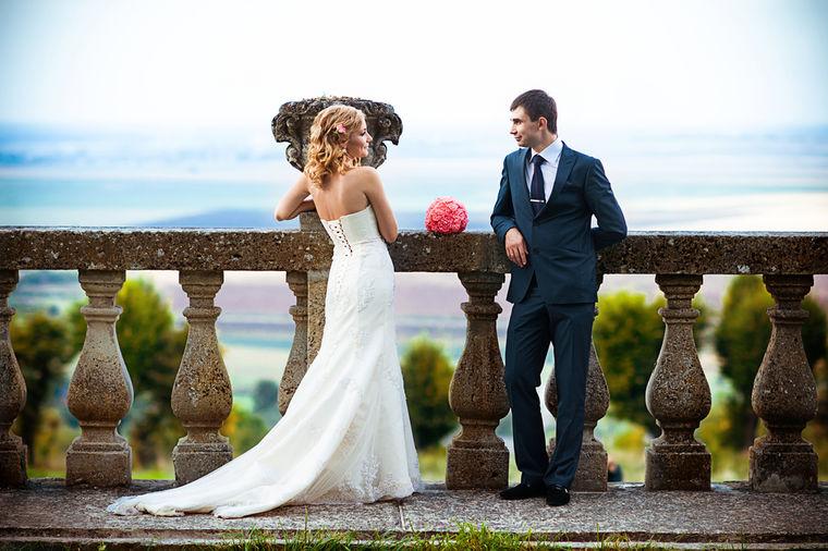 Narodna verovanja i venčanje: Mlada ne treba da vežba pisanje svog novog prezimena!