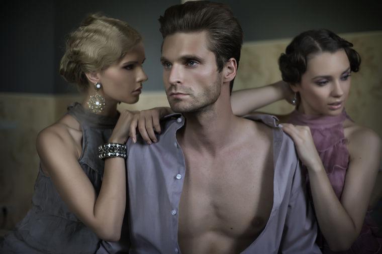 Gay crossdresser seks videozapisi