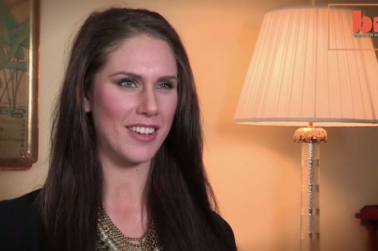 Život sa dve vagine: Žena (22) šokirala javnim priznanjem! (VIDEO)