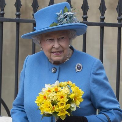 Ona može i šta drugi ne mogu: 8 čudnih moći britanske kraljice!