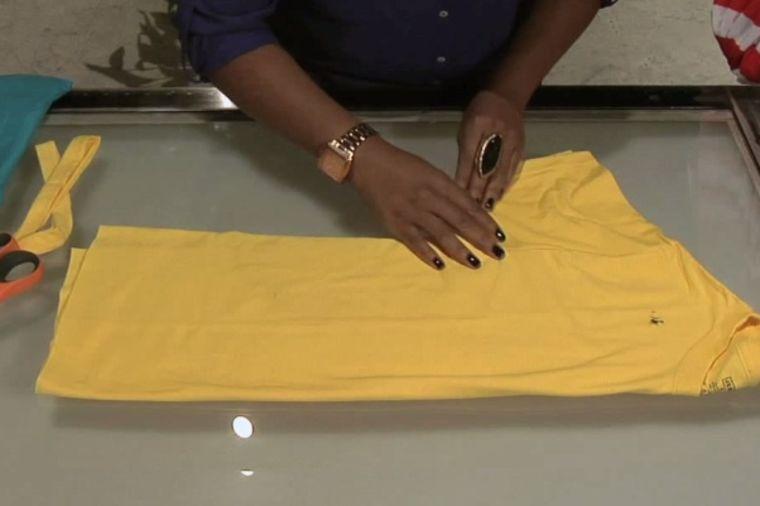 Od stare majice nova torba: Treba vam samo nekoliko minuta! (VIDEO)