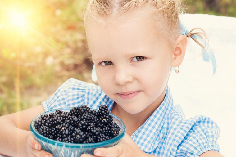 Lekoviti trn: Kupina za jačanje imuniteta kod dece! (RECEPT)