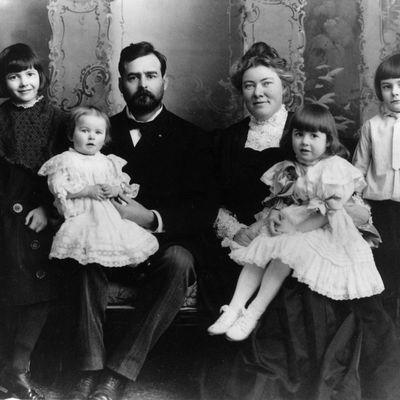 Prokletstvo porodice Hemingvej: Patili od teških bolesti, 5 članova izvršilo samoubistvo! (FOTO)