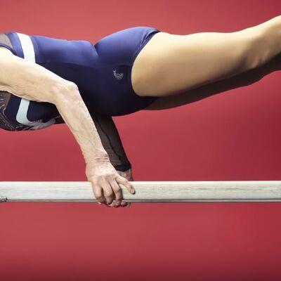 U 90. godini i dalje vežba: Oduševiće vas najstarija gimnastičarka na svetu! (VIDEO)